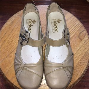 Rieker dress flats in taupe (40)